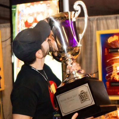 07 Pinburgh 2015 Champion Zach Sharpe of Chicago, IL Kissing the Pinburgh Cup